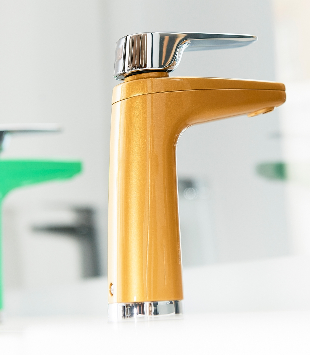 XL-Tap-Colour-Finishes-with-Chrome-Levers