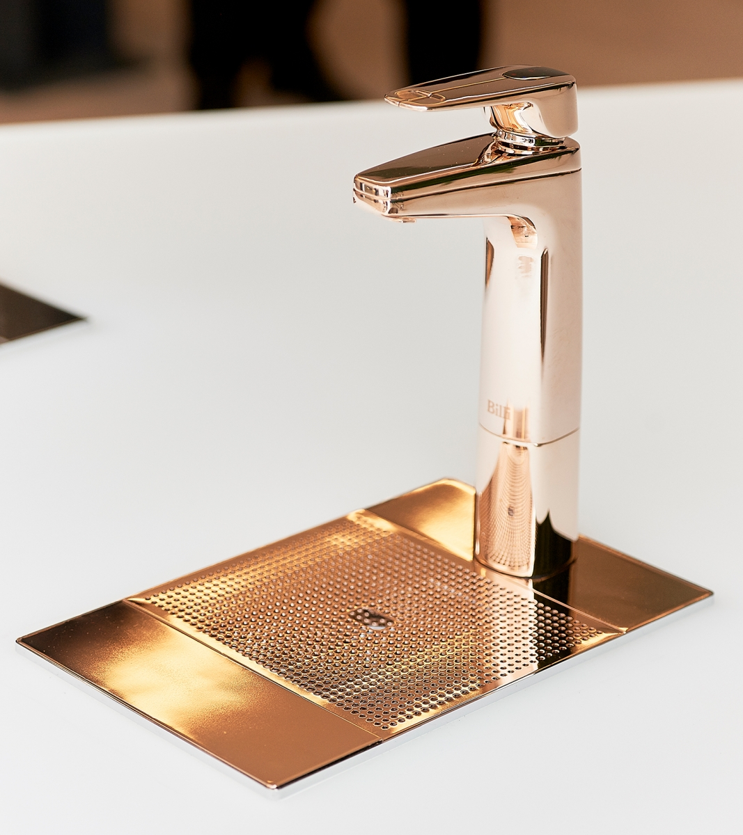 XL-Tap-Rose-Gold-with-drainage-font